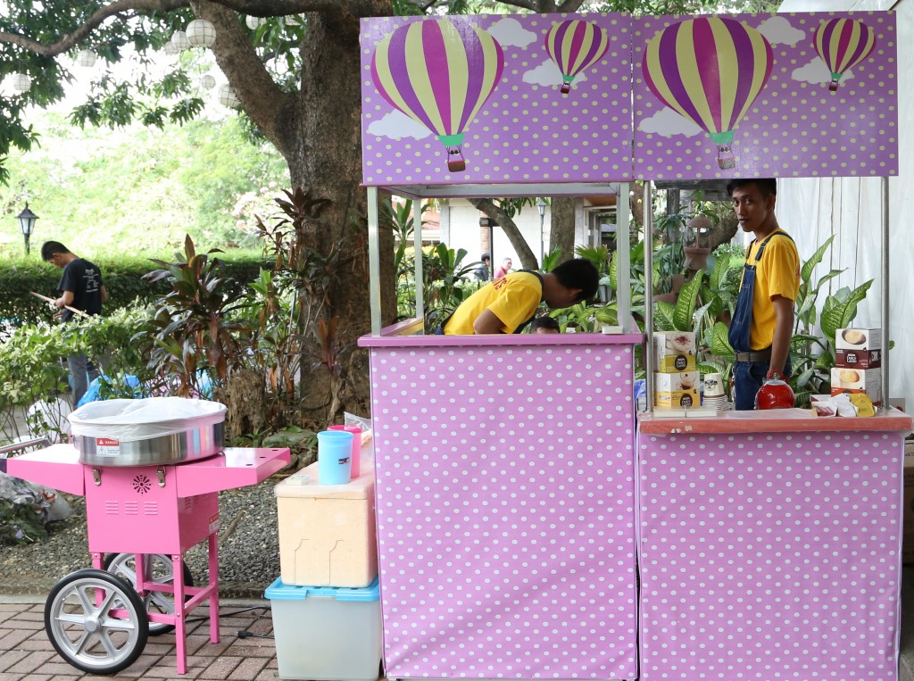 rinox themed food carts